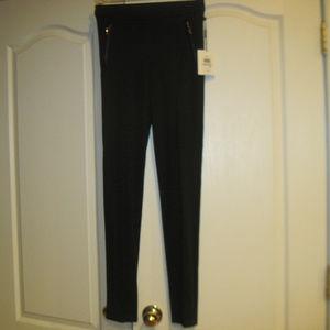 NWT CALVIN KLEIN Black Skinny Pants Size 0